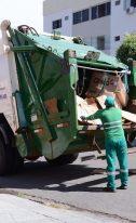COLETA SELETIVA – Sanear leva serviço a novos bairros da cidade